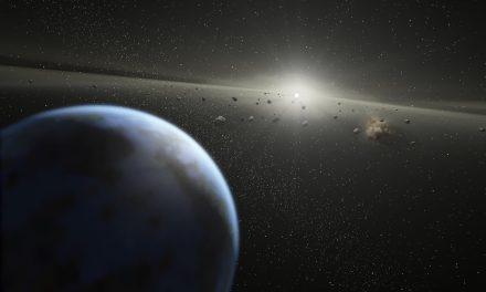 Time Lapse d'exoplanètes en rotation autour de HR 8799