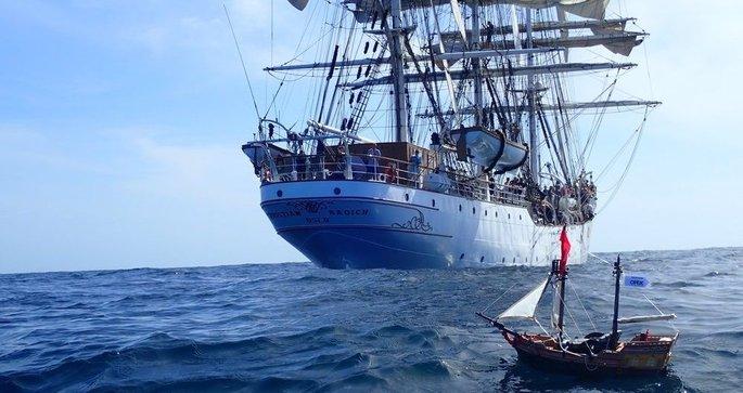 Instantané – Adventure, le tour du monde d un bateau pirate Playmobil ?